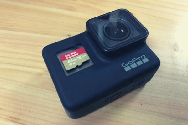 GoProとマイクロSDカード