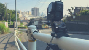 GoPro「ポールマウント」と「チューブマウント」頑丈なクランプで様々なアングルに対応できる