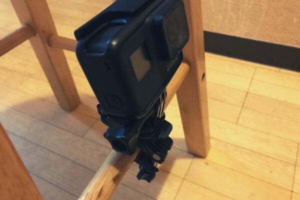 椅子の脚にGoProをポールマウントを使って装着(その1)