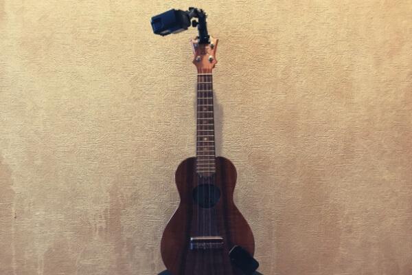 ウクレレのヘッドに楽器マウント